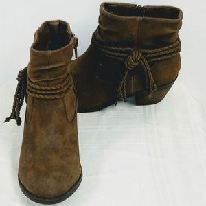 Wonder Nation Brown Fashion Boots w Tassels size 1